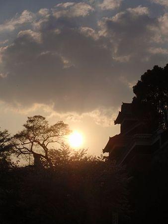 熊本城〜陽が沈む