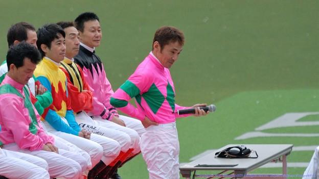 [070422東京13RジョッキーM]本田さん「なんか、引退してるような気がしません」(嘘)
