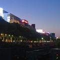 写真: 夜の久屋大通公園
