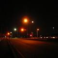 写真: 大草の夜道