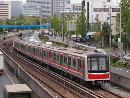 大阪市営地下鉄30000系 北大阪急行線千里中央~桃山台