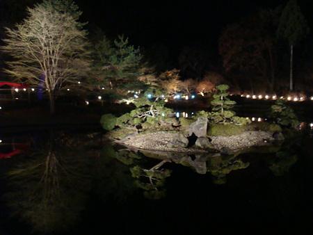 ライトアップが素敵@夜の虹の郷