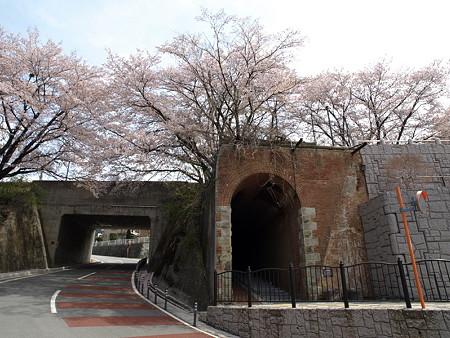 煉瓦造りの歩道(勝沼ぶどう郷駅付近)
