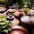 Photos: 焼酎瓶の壁