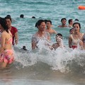 Photos: 中国のハワイ 海南島で海水浴~~ (5)