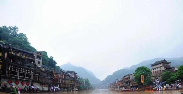 湖南 鳳凰の景色と大雨で洪水 (5)