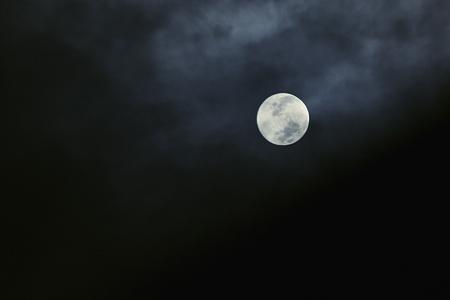 ジャスト満月