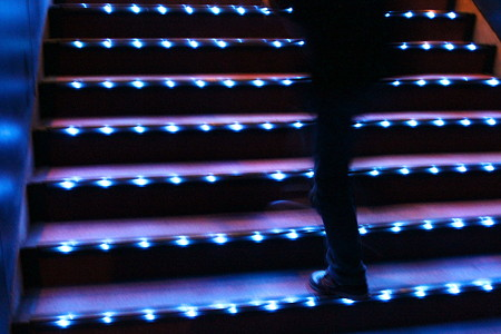 館内の階段