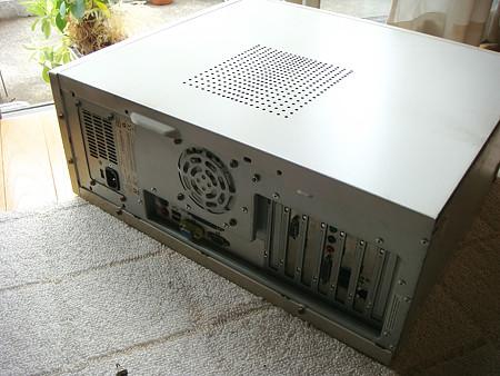 このマシンから、HDDを取り出したい