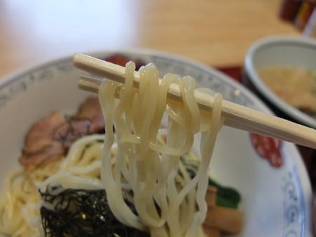 らあめん花果山 背脂つけ麺(夏季&平日限定) 麺アップ2