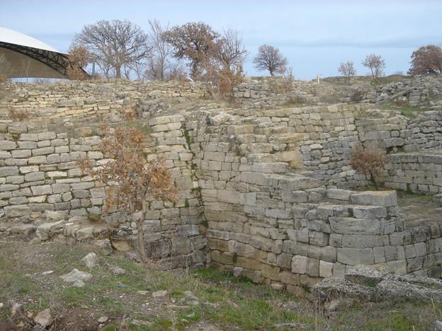 トロイの城壁