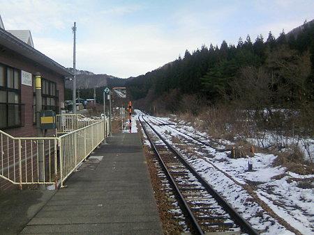 越後片貝駅ホーム1