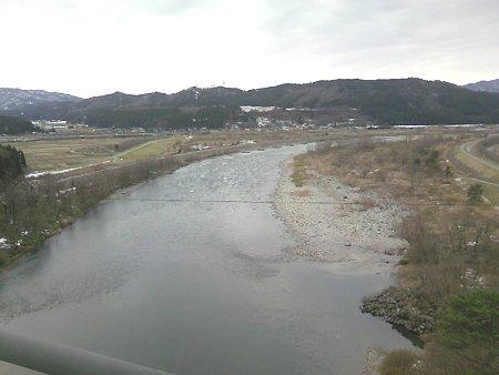 丸山大橋から見た荒川