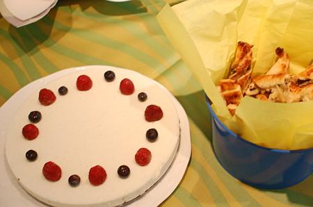 デザートとアンチョビパイ