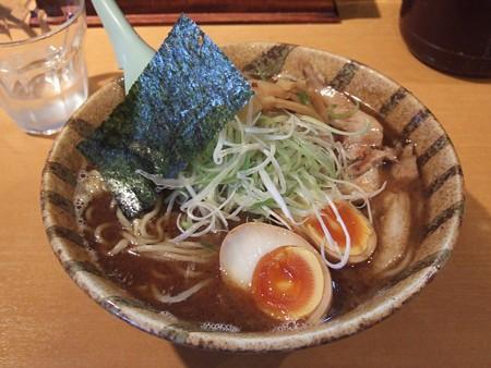 麺屋青山 臼井店 大盛りラーメン (白濁魚介スープ)