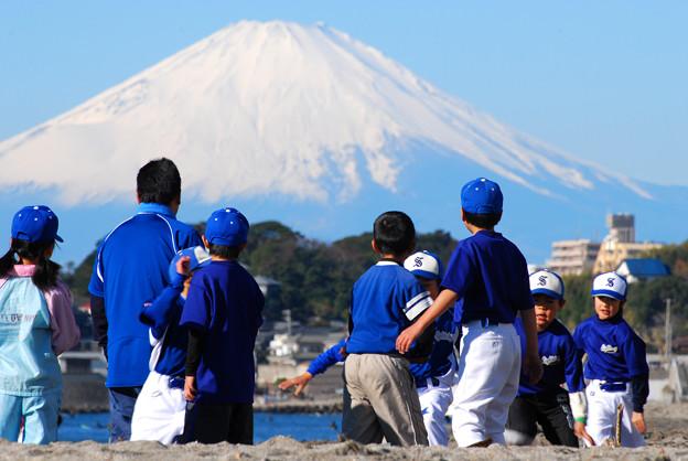 富士山を背にダッシュ!!