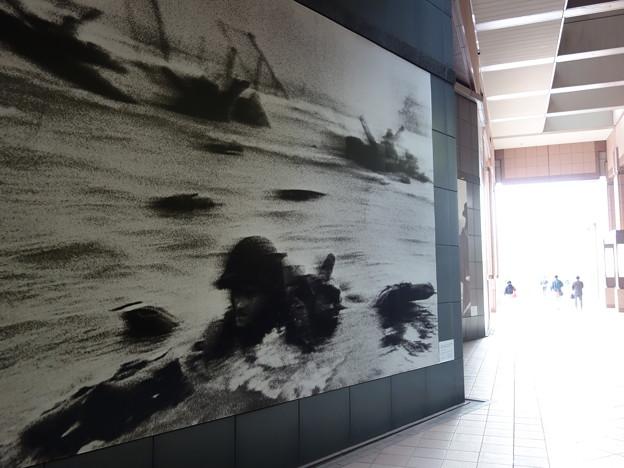 キャパのノルマンディ上陸-東京都写真美術館(目黒区三田)