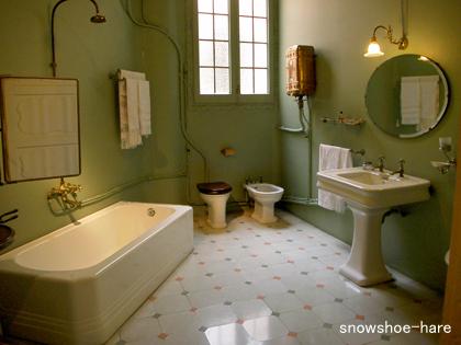 昔のバスルーム1