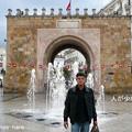 メディナの入口、フランス門の前