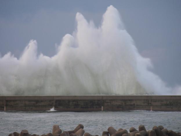 あばれ日本海