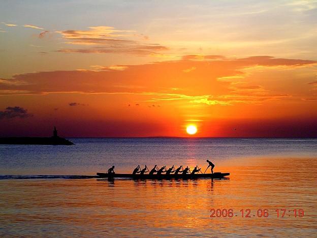 マニラ湾夕陽とボート