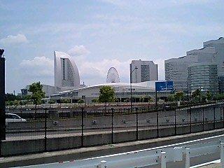 090504 横浜駅方面から見た みなとみらい
