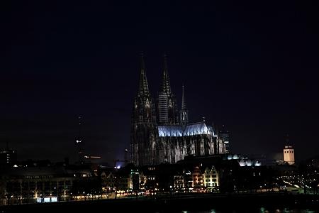ケルン大聖堂 夜景