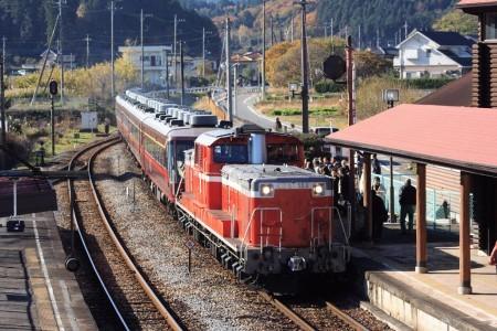 八高線DD51-888