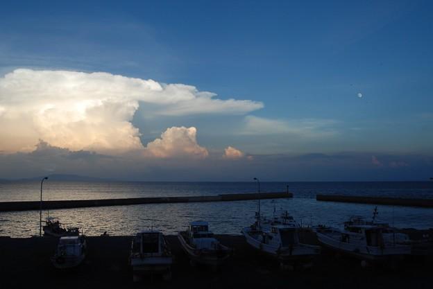 Photos: 嵐の前