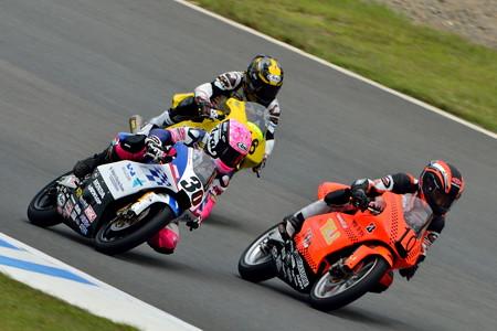 Kohara Racing #30 岡崎 静夏