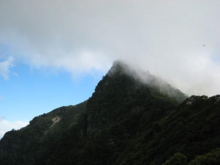 寒風山手前の岩峰