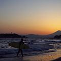 写真: 七里ヶ浜の夕景