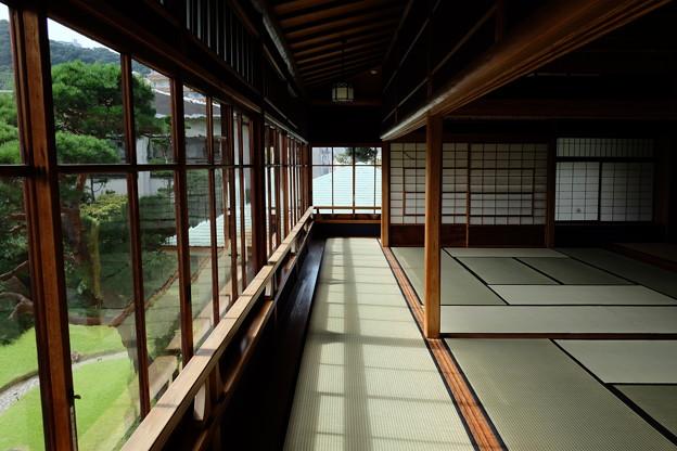 起雲閣の和室と畳の廊下